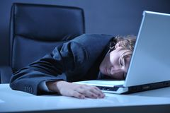 Uomo d'affari stanco immagini stock libere da diritti