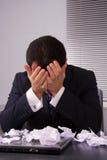 Uomo d'affari frustrato fotografie stock libere da diritti