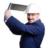 Uomo d'affari infastidetto con il taccuino. Immagini Stock
