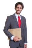 Uomo d'affari latino di risata con l'archivio Fotografie Stock Libere da Diritti