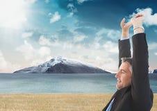 Uomo d'affari in montagne della natura Fotografia Stock
