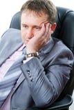 Uomo d'affari premuroso e faticoso immagine stock