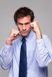 Uomo d'affari pronto a fare battaglia Fotografia Stock