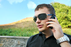 Uomo d'affari sulla vacanza Fotografie Stock Libere da Diritti