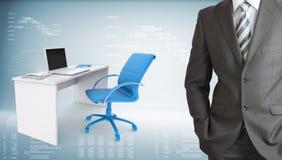 Uomo d'affari in ufficio Immagine Stock