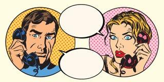 Uomo d'annata e donna delle coppie che parlano sul telefono illustrazione vettoriale