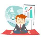 Uomo dei pantaloni a vita bassa dell'ufficio che fa il loto di posa di yoga (meditare) vicino al suo w royalty illustrazione gratis