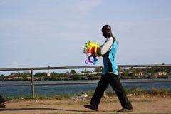 Uomo del pallone mombasa Fotografia Stock Libera da Diritti