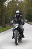 Uomo della motocicletta fotografie stock