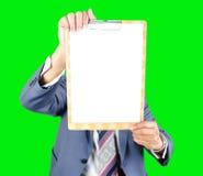 Uomo di affari che mostra carta per appunti Fotografia Stock