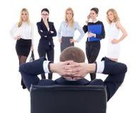 Uomo di affari che sceglie i nuovi lavoratori isolati su bianco Fotografia Stock Libera da Diritti