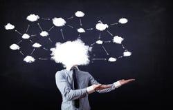 Uomo di affari con la testa della rete della nuvola Fotografia Stock