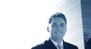 Uomo di affari con un sorriso fotografia stock libera da diritti