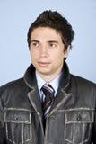 Uomo di affari in rivestimento di cuoio Fotografia Stock