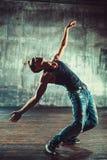 Uomo di break dance fotografia stock libera da diritti