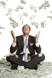 Uomo di caduta dei soldi Fotografie Stock Libere da Diritti
