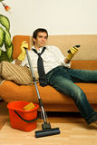 Uomo di Happz con il mop Immagine Stock