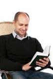 Uomo di lettura Fotografia Stock