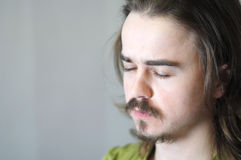 Uomo di meditazione Fotografia Stock Libera da Diritti