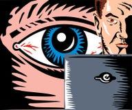 Uomo di sorveglianza dell'occhio con il calcolatore Immagine Stock Libera da Diritti