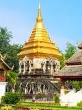 Uomo di Wat Chiang fotografie stock
