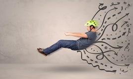 Uomo divertente che conduce una macchina volante con le linee disegnate a mano dopo la h Fotografia Stock