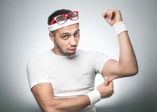 Uomo divertente di sport fotografie stock libere da diritti