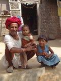 Uomo e bambino a Jaipur, India Immagini Stock