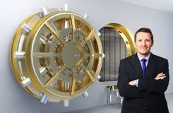 Uomo e banca Immagini Stock Libere da Diritti