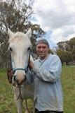Uomo e cavallo Fotografie Stock