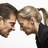 Uomo e donna arrabbiati Fotografia Stock Libera da Diritti