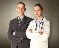 Uomo e medico sorridenti di affari Immagine Stock Libera da Diritti