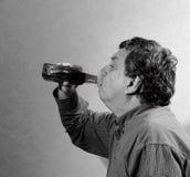 Uomo e wiskey Fotografia Stock Libera da Diritti