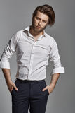 Uomo elegante bello con la barba Immagini Stock