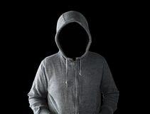 Uomo incappucciato con il fronte vuoto fotografia stock libera da diritti