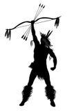 Uomo indiano con un arco e le frecce Immagini Stock Libere da Diritti