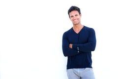Uomo irregolare bello che sorride contro il fondo bianco Fotografia Stock
