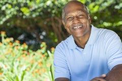 Uomo maggiore felice dell'afroamericano Fotografia Stock