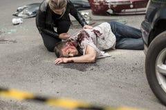 Uomo morto dopo l'incidente stradale Fotografia Stock Libera da Diritti