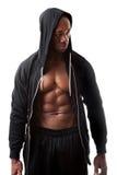 Uomo muscolare che indossa una maglia con cappuccio Fotografia Stock Libera da Diritti