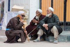 Uomo musulmano indiano sul mercato di strada in Leh, Ladakh L'India fotografia stock libera da diritti