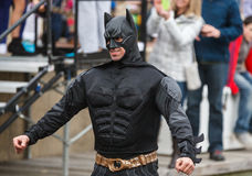 Uomo nella immersione polare la Virginia del costume di Batman Fotografia Stock Libera da Diritti