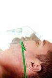 Uomo nella maschera con ossigeno fotografie stock