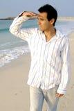 Uomo nella spiaggia Fotografia Stock