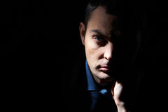 Uomo nello scuro Fotografia Stock