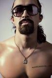 Uomo in occhiali da sole Fotografia Stock Libera da Diritti