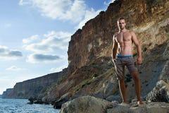 Uomo perfetto del corpo con il torso nudo Fotografie Stock Libere da Diritti