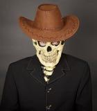 Uomo - scheletro in cappello di cowboy di cuoio Fotografia Stock Libera da Diritti