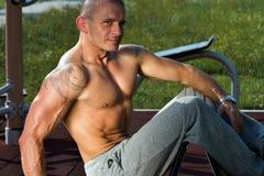 Uomo sexy muscolare Fotografia Stock