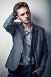 Uomo sexy in vestito classico Fotografia Stock Libera da Diritti